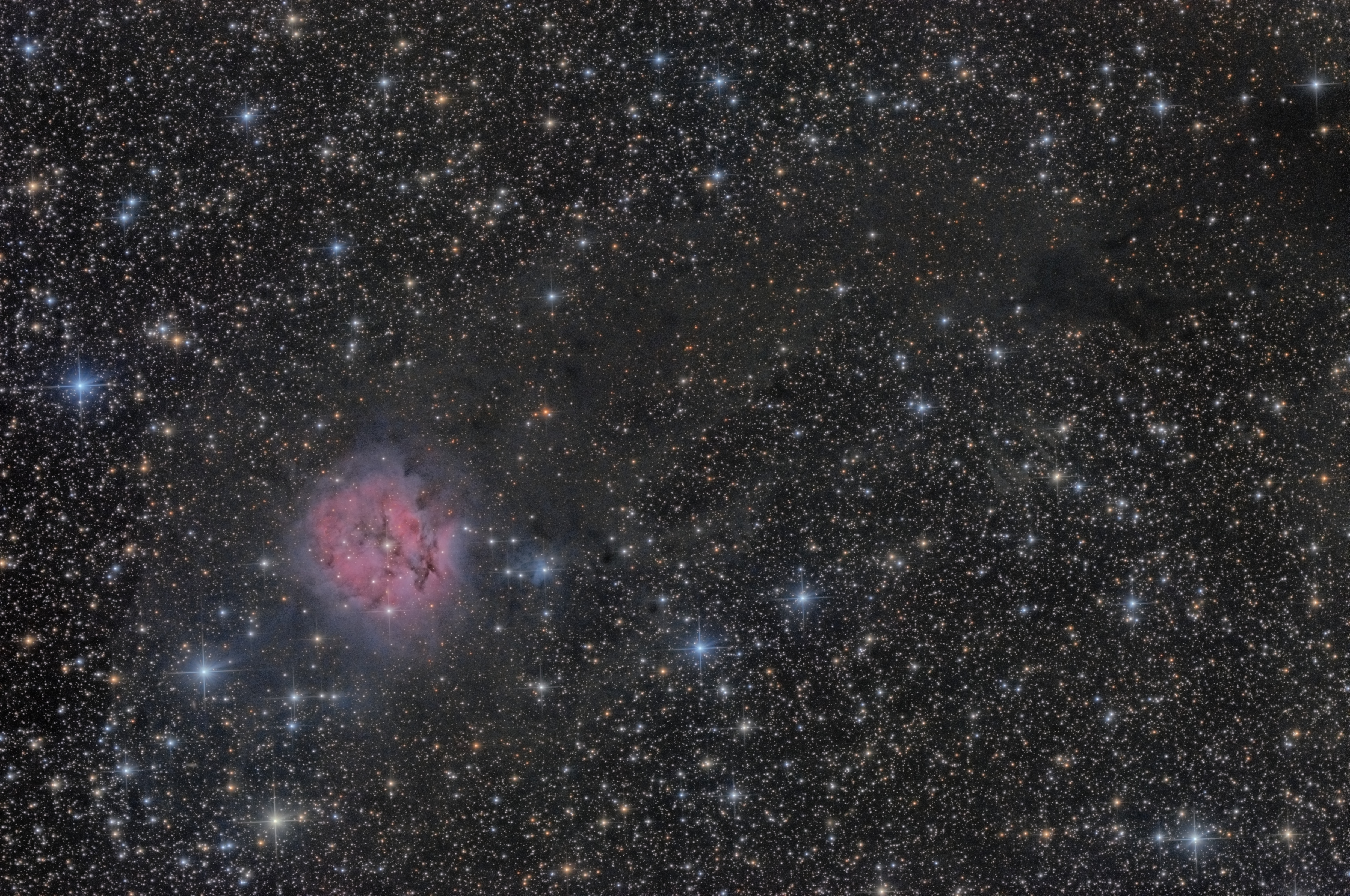 Cocoon Nebula (IC 5146), LDN 1042 and vdB147 in Cygnus